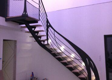 Création et pose d'un escalier chez un particulier
